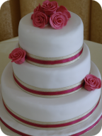 Pink and Gold Roses Wedding Cake